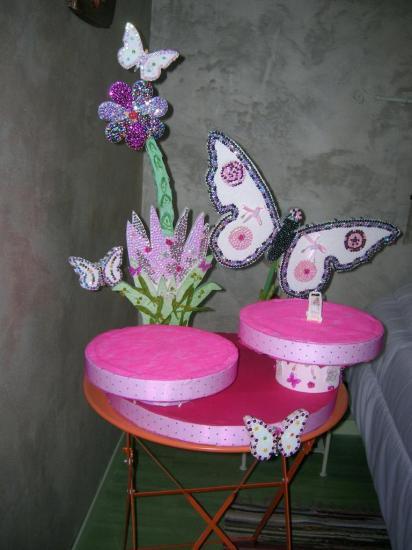 Présentoir papillon 2 plateaux décoré par Viviane
