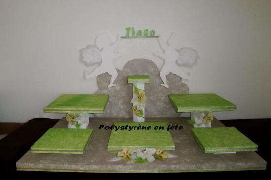 présentoir 2 grands anges - 5 plateaux carrés de 32 cm - 200,00 E