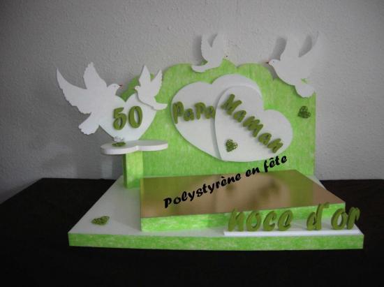 présentoir coeur et colombe décoré - 140,00 E
