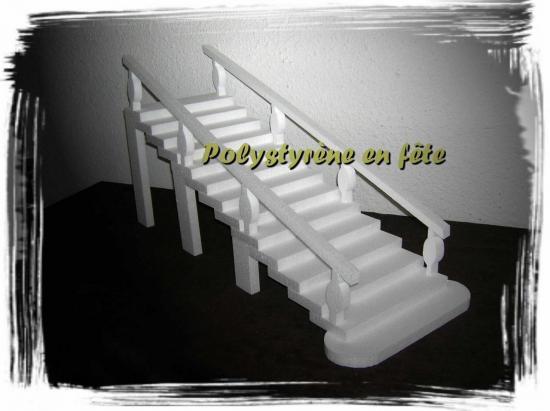 Présentoir Escalier droit - 70,00 E