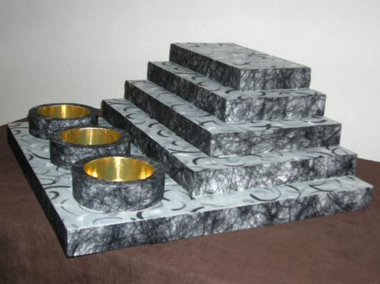 Présentoir pyramide + 3 contenants  -