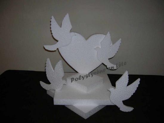 Petit présentoir coeur et colombes - 25,00 E
