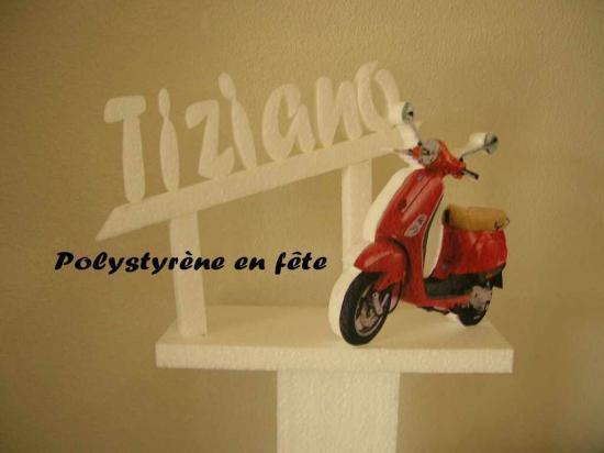 Décor scooter + serviettage couleur avec Prénom sur colonne - 15,00 E