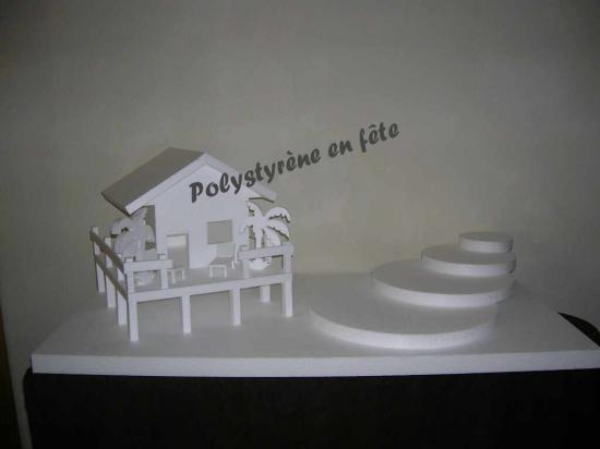 Présentoir Paillotte plateaux en escalier -  90,00 E