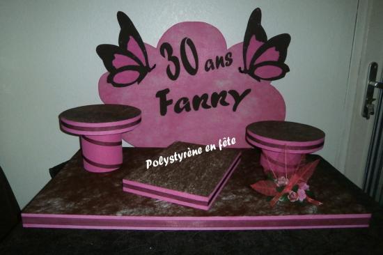 Présentoir Fanny papillon -  140,00 E