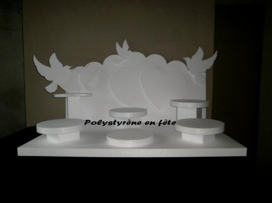 Presentoir coeur et colombes 100 /60 cm 5 plateaux de 24 cm